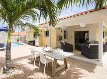 Villa 422